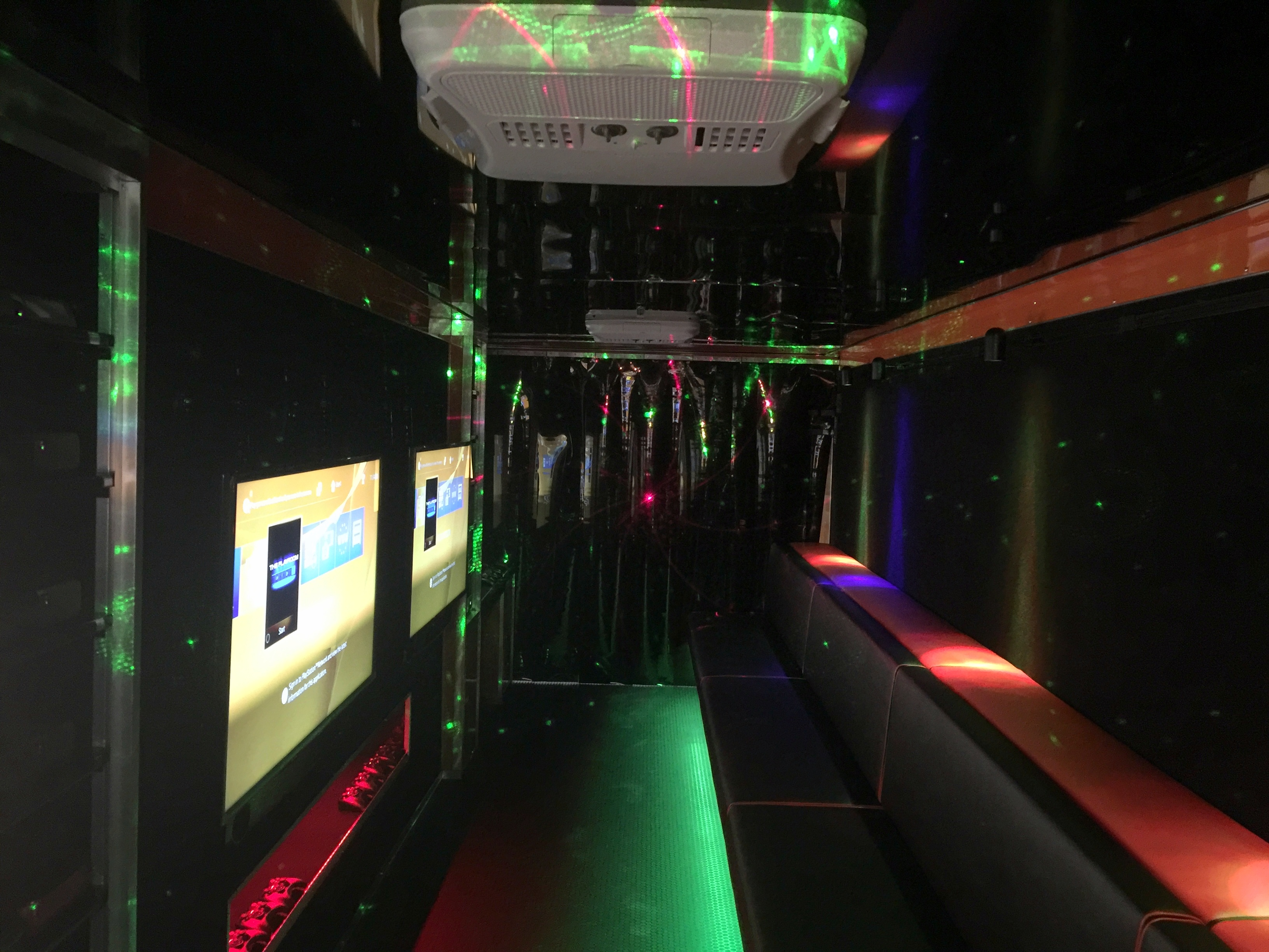 MalaveRock Mobile Game Theater Interior